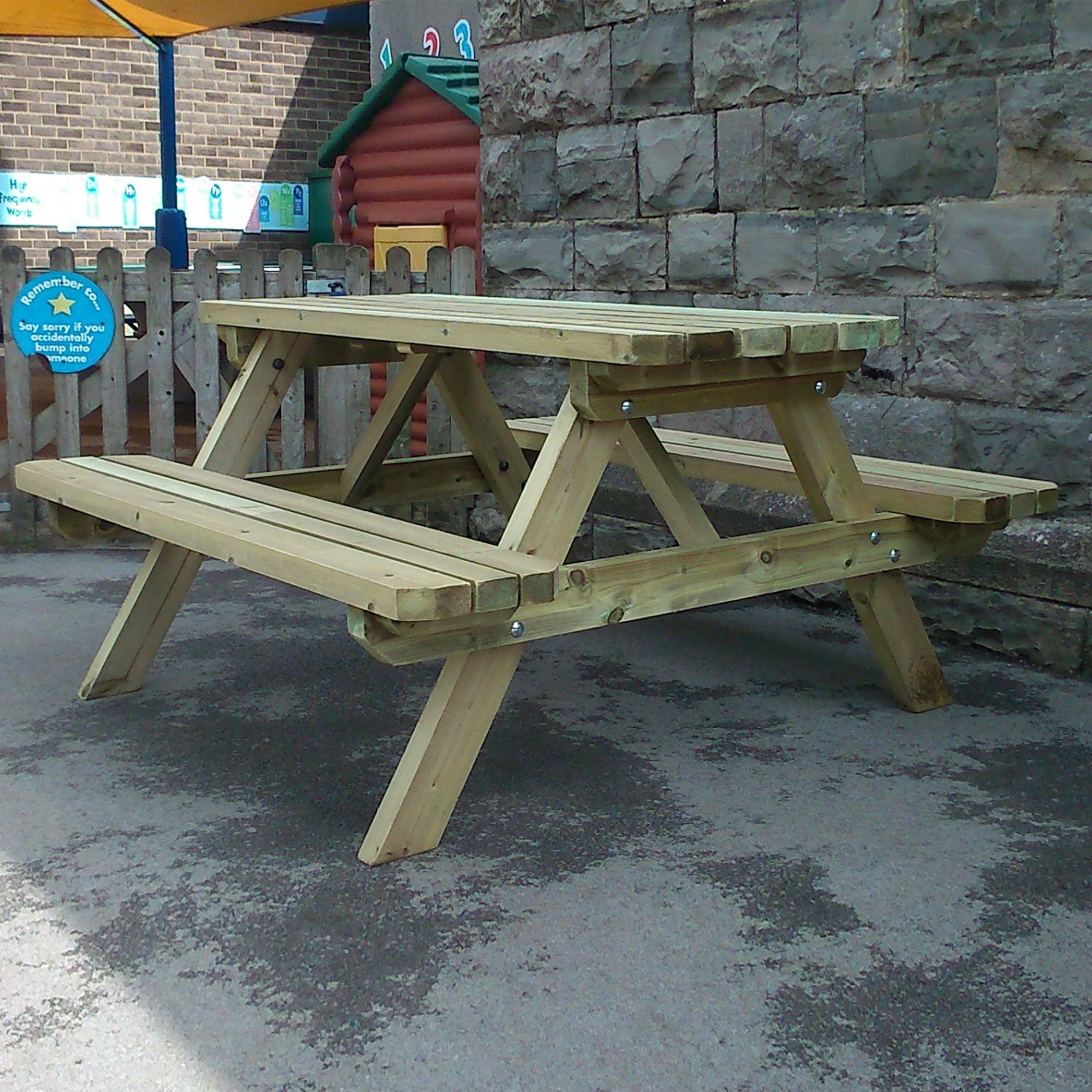 Image of Deluxe A-Frame 6 Seater Picnic Table