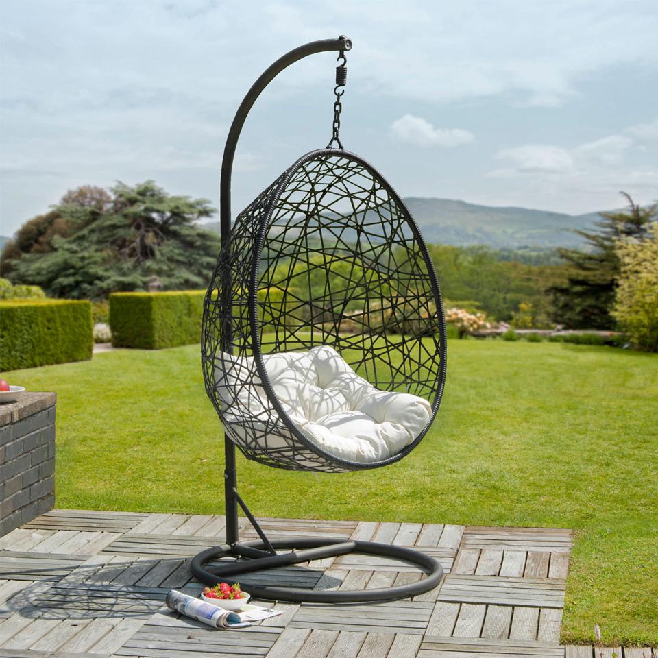 Ritiro Rattan Egg Chair