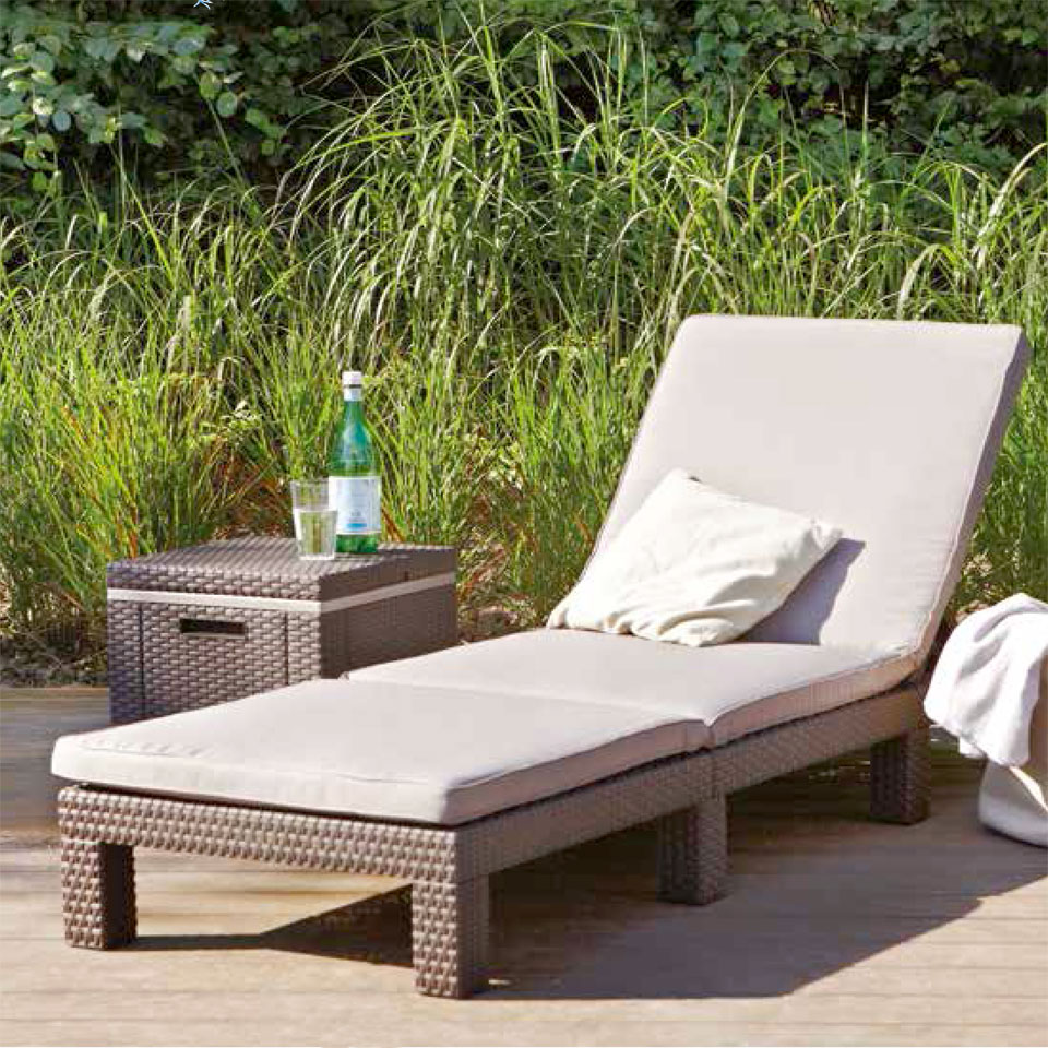 Allibert Monterey Brown Rattan Sunlounger & Cushion