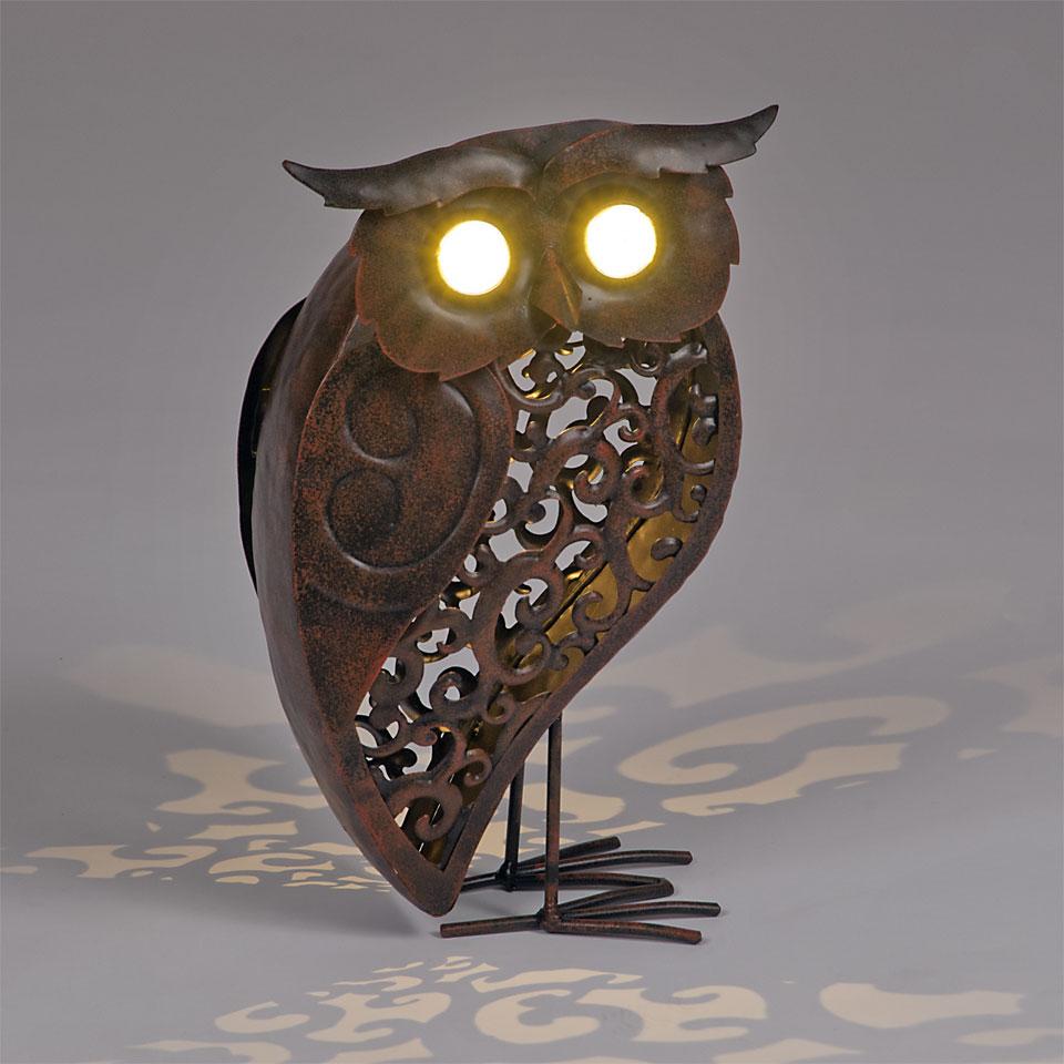Solar Powered Bronze Owl Garden Light