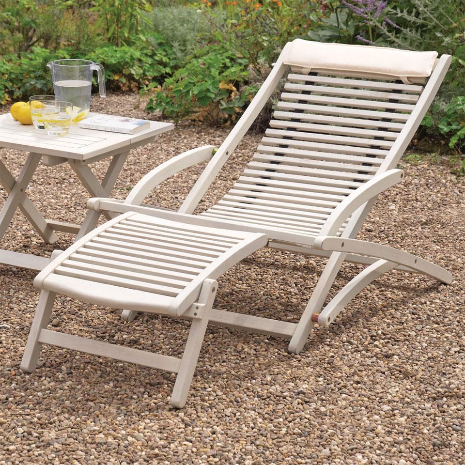 Raffles White Wooden Relaxer & Footrest