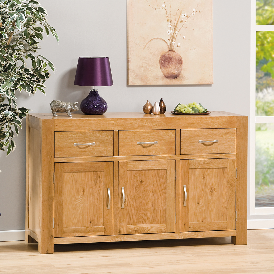 Suffolk Oak 3 Door Buffet Sideboard