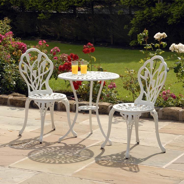 White Cast Aluminium Tulip Bistro Set with Seat Pads
