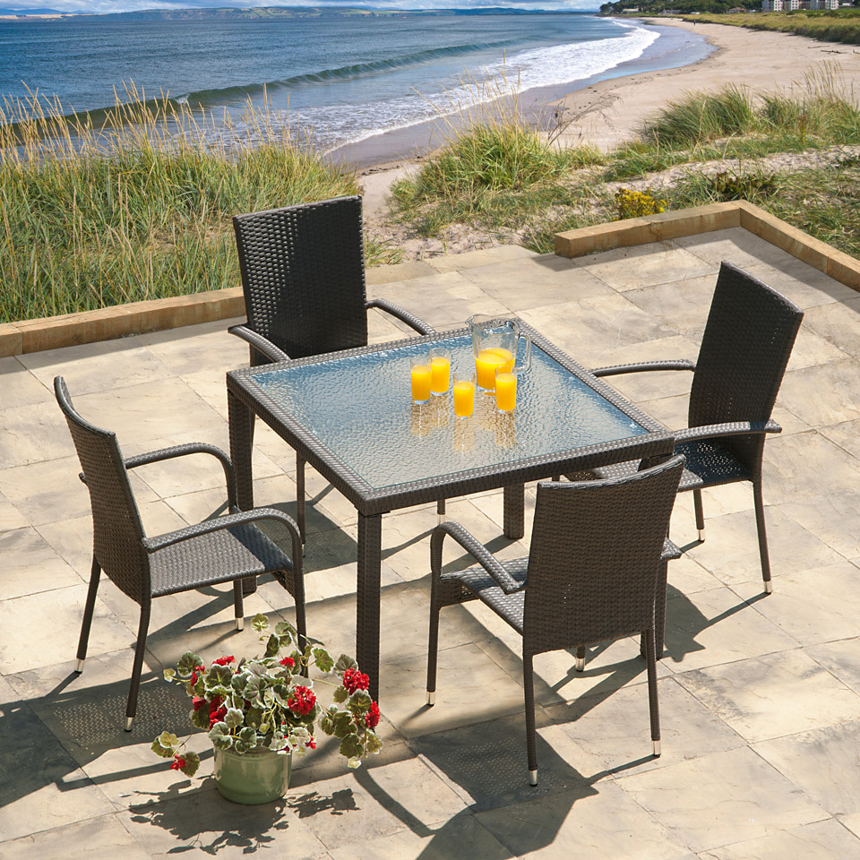 Lincoln 1m Grey Rattan Garden Dining Set