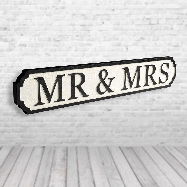 Image of Mr & Mrs Vintage Road Sign