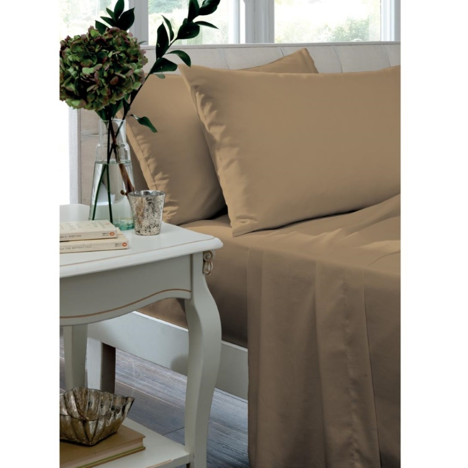 Catherine Lansfield Home Non Iron Percale Combed Polycotton Single Bed Fitted Sheet CARAMEL